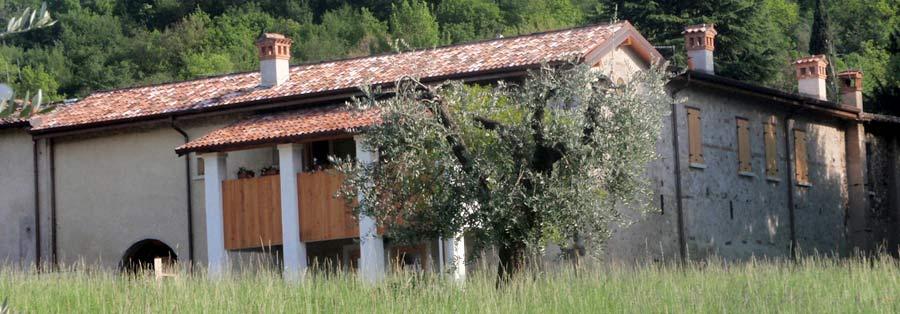 Storia  Residenza estiva Scaligera ora Agriturismo sul lago di Garda Appartamenti per Vacanza